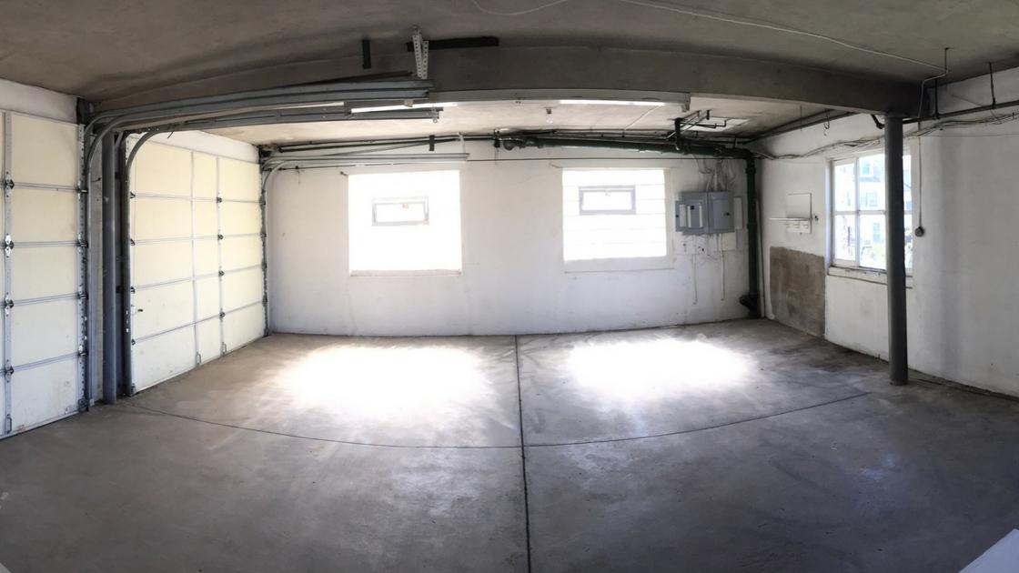 Garage for rent in conshohocken morethanthecurve for Rental garages